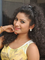 Vishnu Priya glam pics at Nenu Naa Friends pm-cover-photo