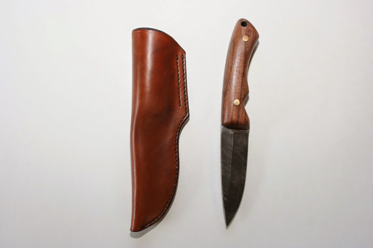 Custom 'left handed cross draw knife sheath'