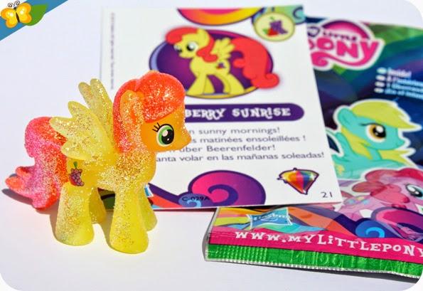 Figurine Strawberry Sunrise - My Little Poney - sachets mystère - série 10 - Hasbro