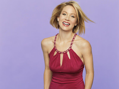 Christina Applegate Beautiful Wallpaper