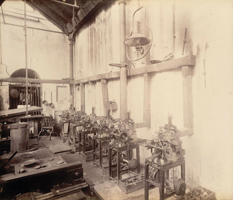 Stereo and type casting room