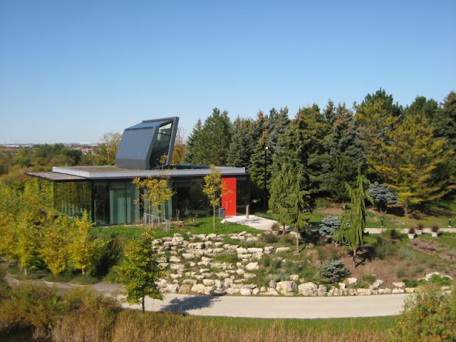 Picture of the Centre for urban ecology in Toronto