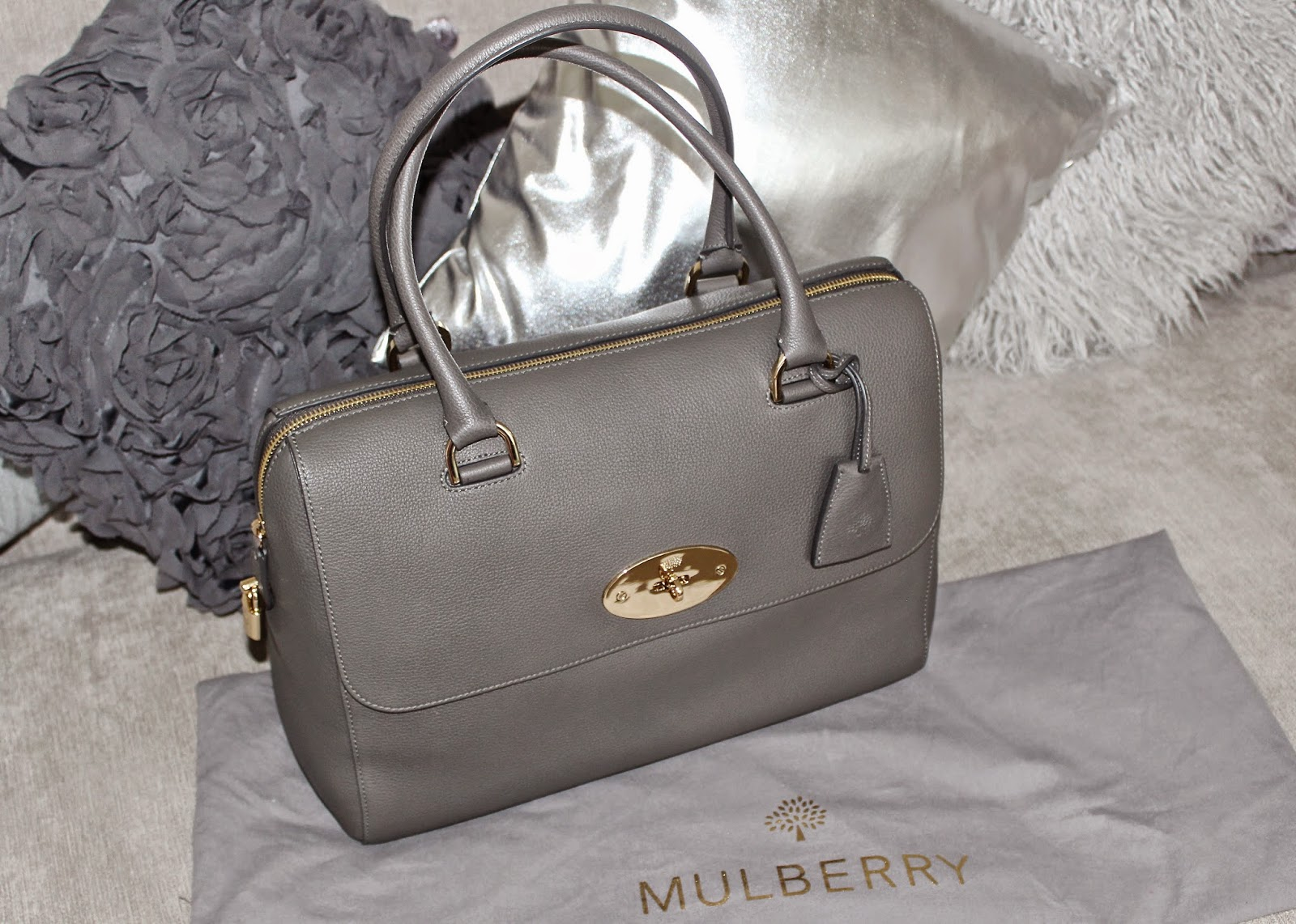 Mole Grey Del Rey bag from the Mulberry Outlet at Bicester Village - plus  current bag stock list! 3f1ba62095145