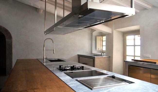 cocina isla vintage contemporanea -encimera madera -marmol