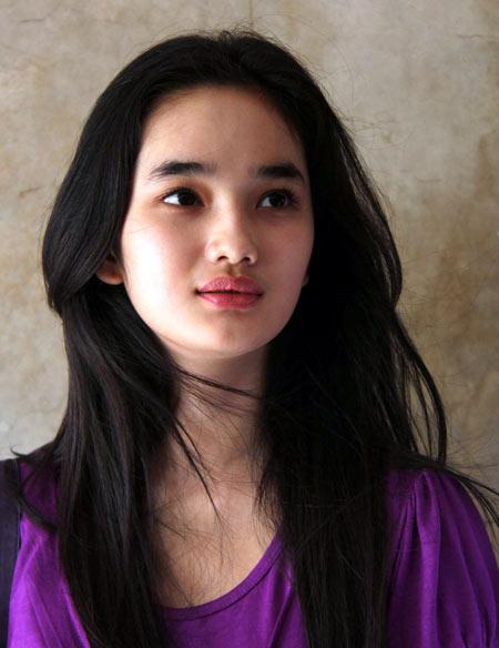 Foto Bugil Faby Marcelia Hot Dijepret Sendiri Via HP Beredar