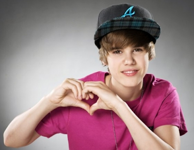 Buy A Justin Bieber Heart Necklace For Valentine
