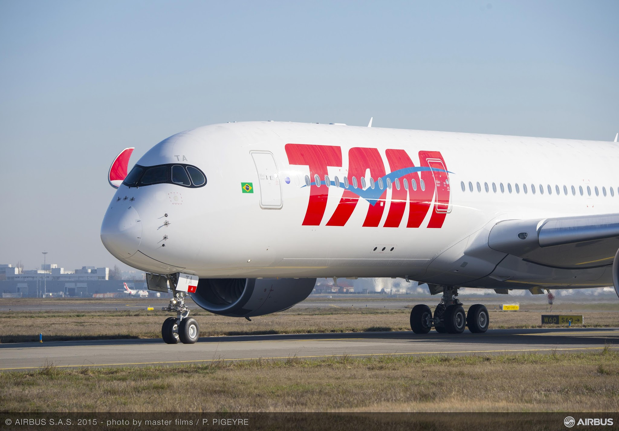 MORE THAN FLY | First Airbus A350 XWB TAM, PR-XTA record made its first flight! Watch the VIDEO and View Images