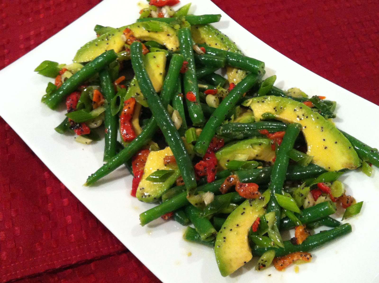 healthy and delicious green bean avocado salad with poppyseed lime ...