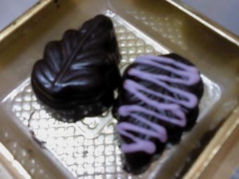 Dark Choco Leaf Shape
