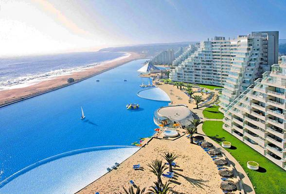 Crystal lagoon the world 39 s largest swimming pool readitt the e magazine for World s largest swimming pool depth