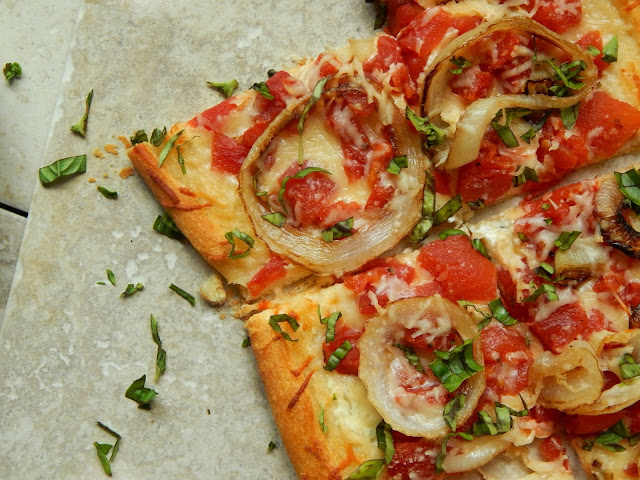 This is a quick and easy recipe for a Tasty Tomato Tart! #Stockupondelmonte #Albertsons ad