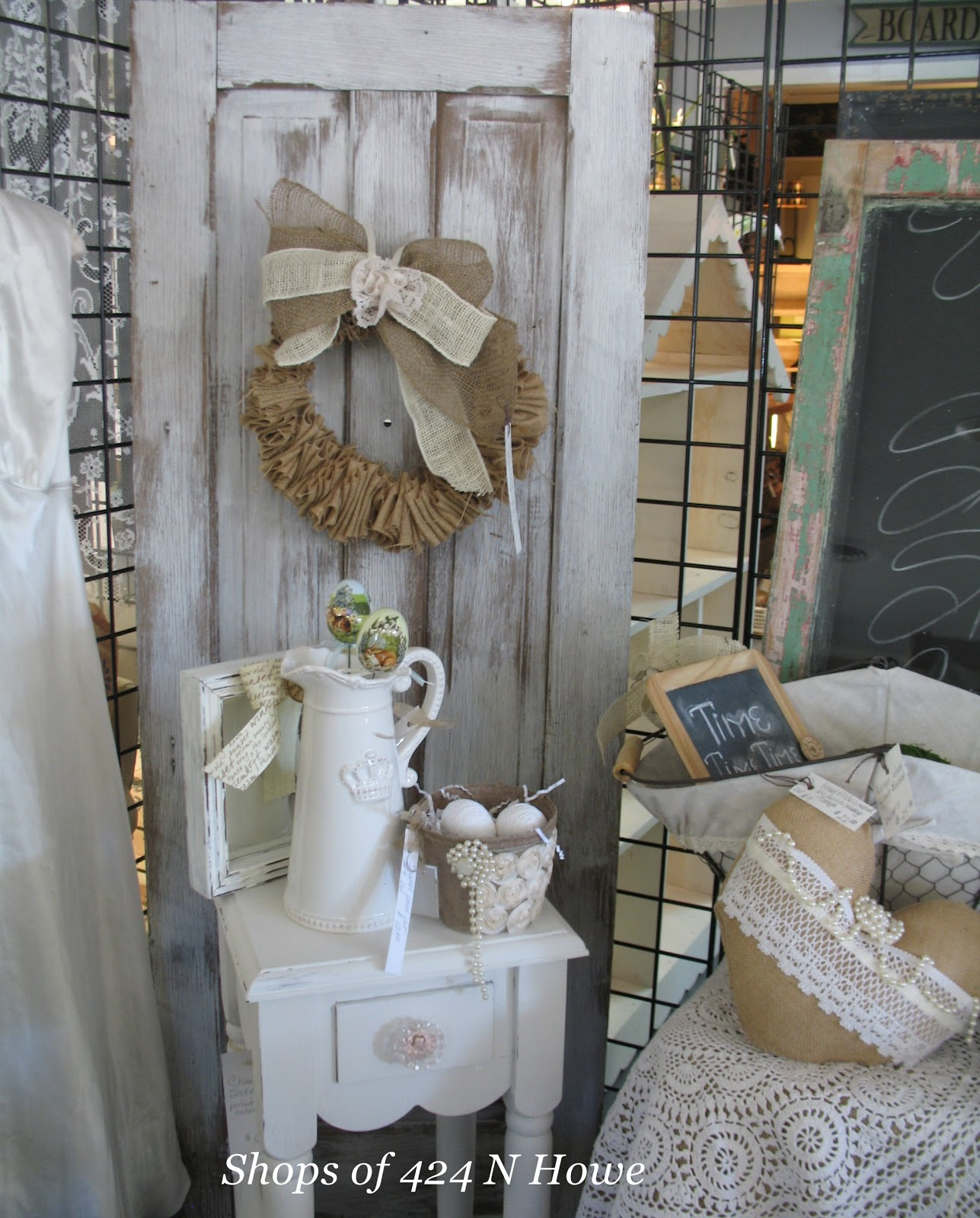 Sissie 39 s shabby cottage spring time and new booth ready to go for Shabby chic farmhouse