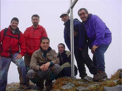 Herniozabal mendiaren gailurra 1.010 m. -- 2002ko otsailaren 23an