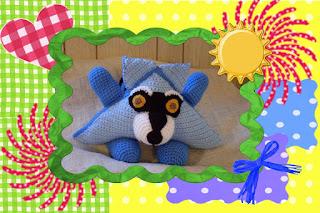 ranger the racoon the funmigurumi huggy dumpling crochet pattern