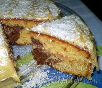 receita de torta mesclada com recheio de coco