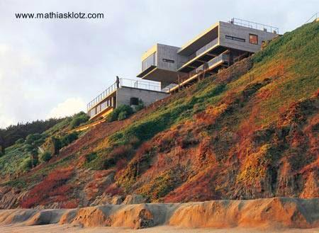 Arquitectura De Casas Una Residencia Lanzada Sobre El