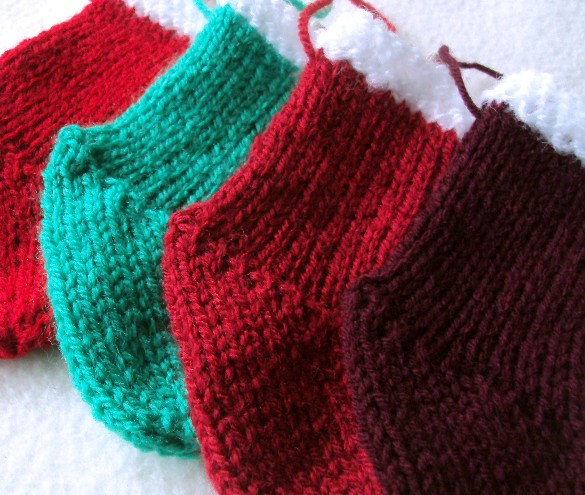 Knitting Pattern For Mini Christmas Stocking : Cast On and Cast Off: Knitting Pattern- Mini Christmas ...