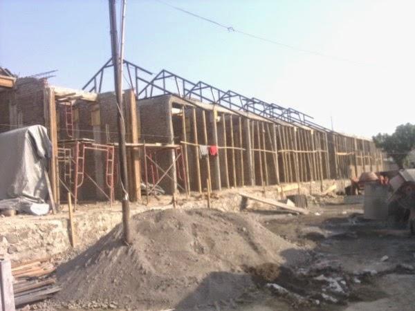 pembangunan tempat rumah pemotongan unggas pasar Silir Solo