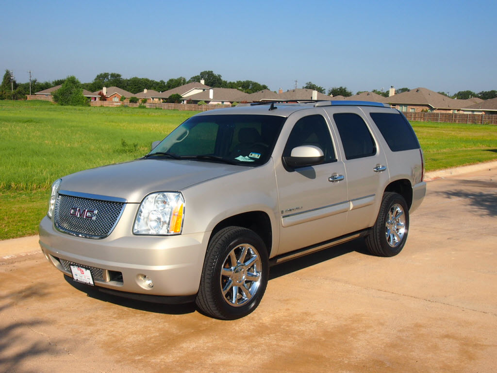 2007 gmc yukon denali awd 46k miles 29 988 tdy sales. Black Bedroom Furniture Sets. Home Design Ideas