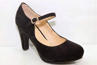 http://www.ebay.fr/itm/chaussures-femme-escarpins-bride-daim-bleu-marron-noir-36-37-38-39-40-41-superbe-/301472782744?ssPageName=STRK:MESE:IT