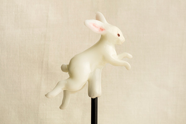 20-Rabbit-Ame-shin-Amezaiku-Japanese-Art-of-Candy-Animal-Sculptures-www-designstack-co