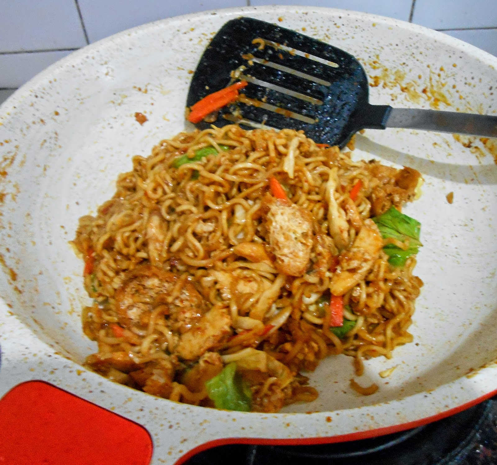 Maggi Goreng Mamak Fizas Cooking