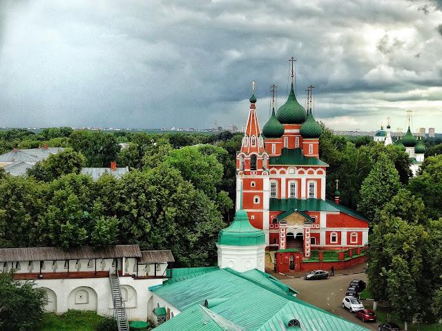 храмы Ярославля. Что посмотреть в Ярославле? панорама