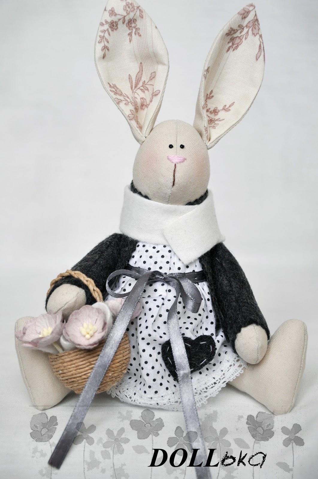 зайка с подснежниками текстильная игрушка ручной работы