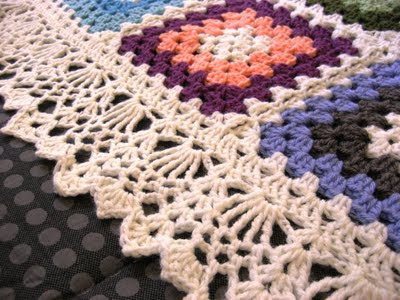 Crocheting Facts : Heres one amazing afghan edging work with yarn, by Ellen Bloom ...
