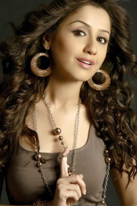 Latest Beautyful Navel Mallika Kapoor Hot PhotoShoot Thigh Show