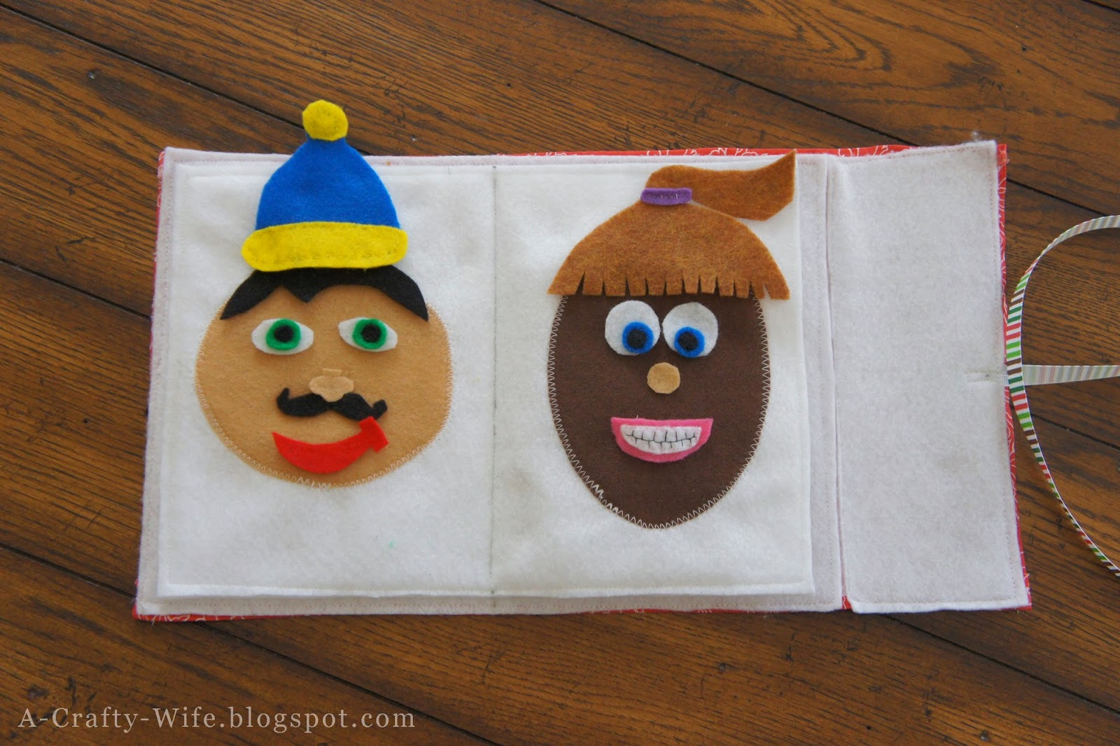 Felt faces book - great toddler or preschooler quiet time/busy bag activity | A Crafty Wife