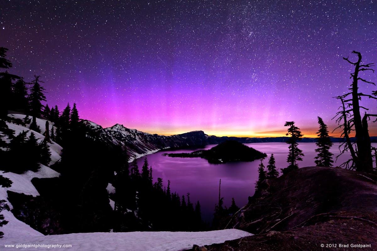 Penampakkan aurora di kutub