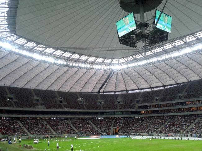 Telebim na Stadionie Narodowym w Warszawie - fot. Tomasz Janus / sportnaukowo.pl