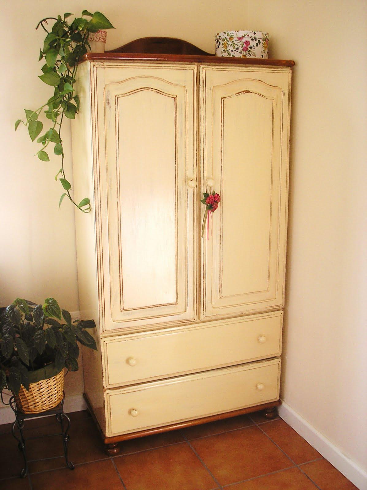 El desvan de mamen mayo 2011 - Restaurar armario ...