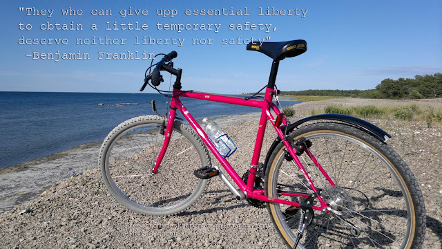 Free Wallpaper 1366x768 with Benjamin Frankling quote about freedom, Byxelkrok, Öland