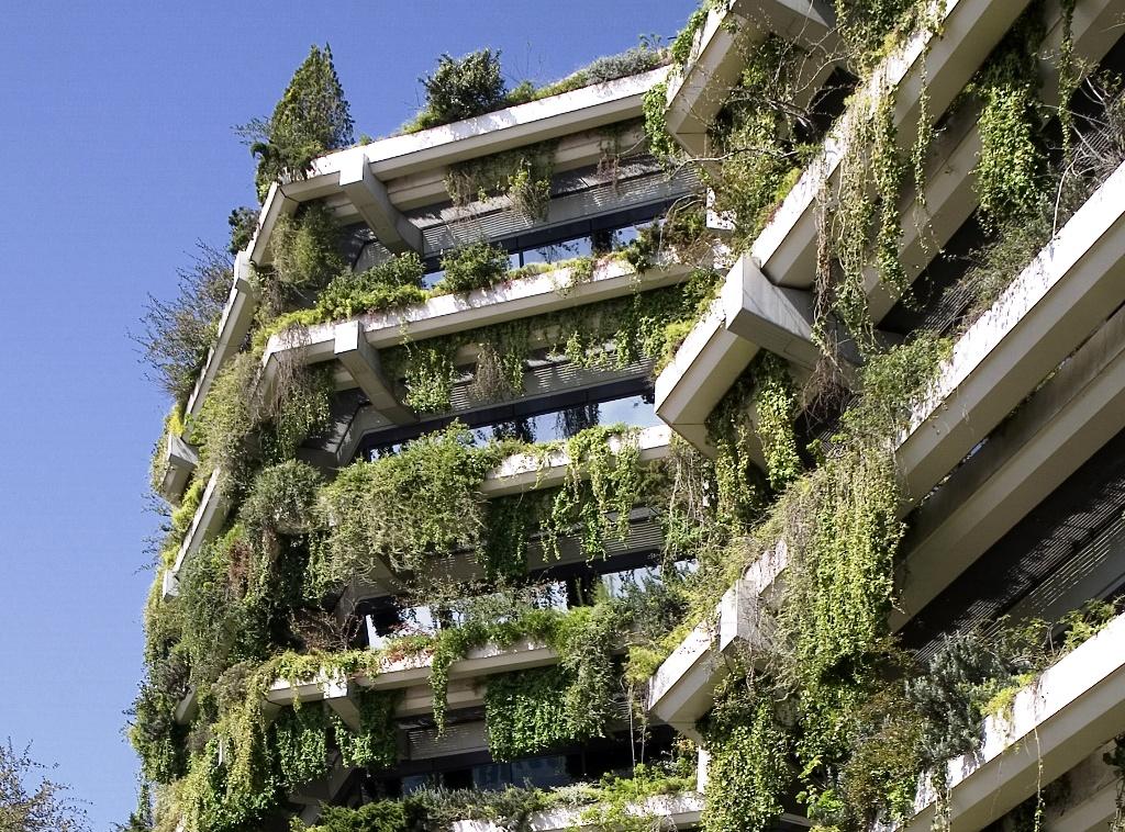 El primer jard n vertical de europa barcelona jardines for Edificios con jardines verticales