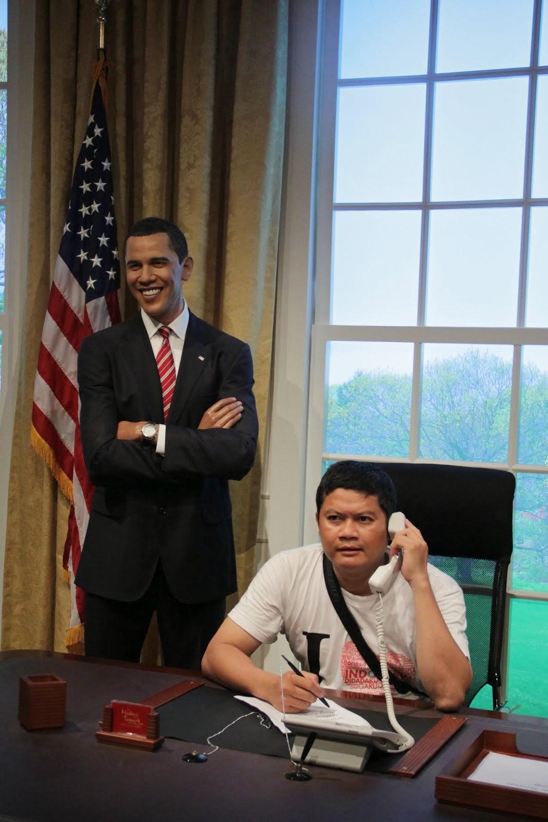 Nelpon kang Obama. 2011