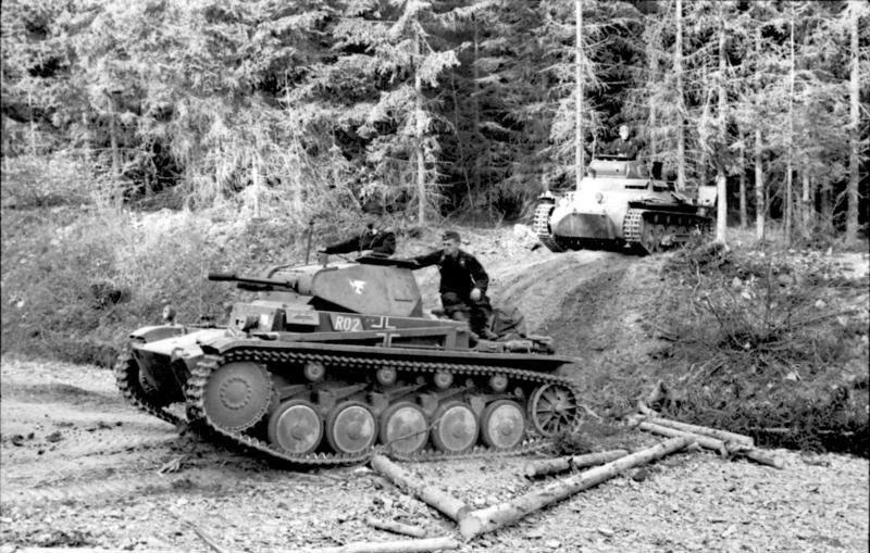 historica tanques franceses contra alemanes cuando la doctrina supera a la tecnolog a. Black Bedroom Furniture Sets. Home Design Ideas