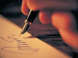 Vendemos poesia!  Agora você não precisa ser poeta para conquistar aquela pessoa amada!