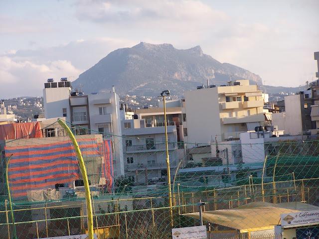 Kandiye(Heraklion) Martinego Burcu üstünden Yuktas Dağı'na bakış