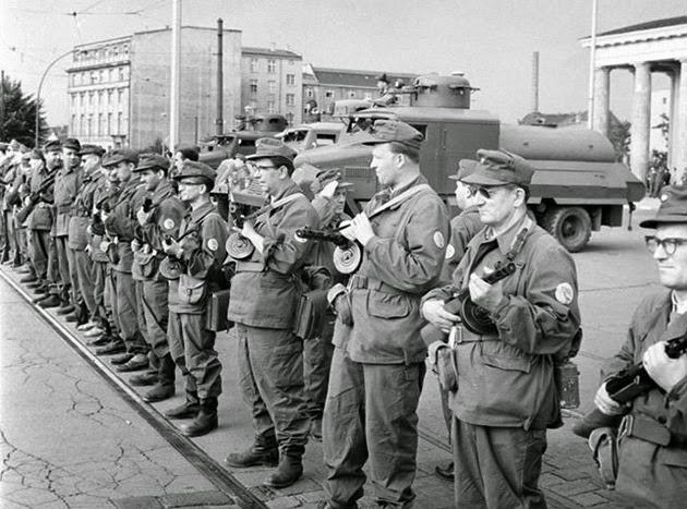 la-proxima-guerra-25-aniversario-caida-del-muro-de-berlin-9