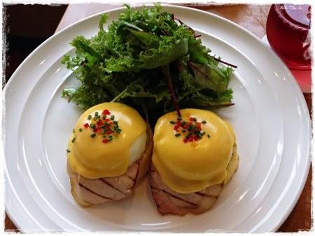Sarabeth Classic Eggs Benedict