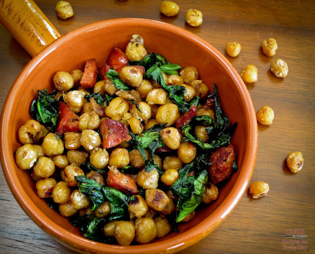 Chickpeas, Sausage, Spinach ingredients