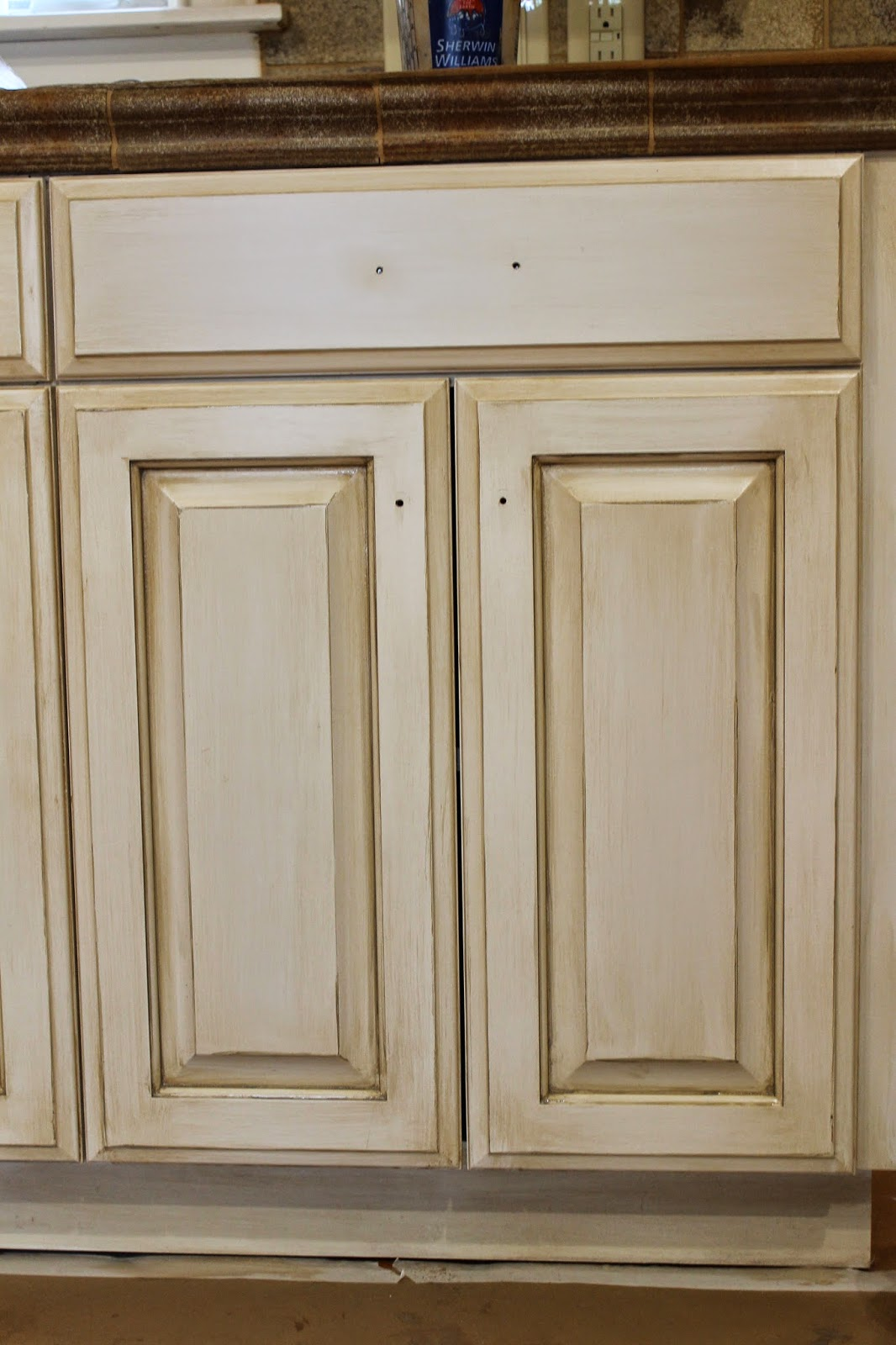 The ragged wren how to glazing cabinets for How to paint white cabinets