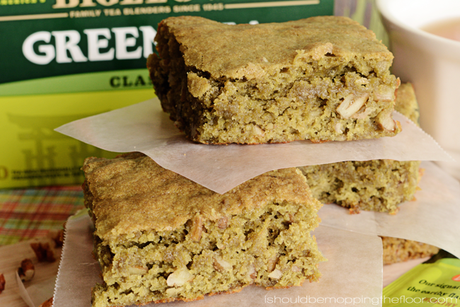 Green Tea-Infused Pecan Blondies