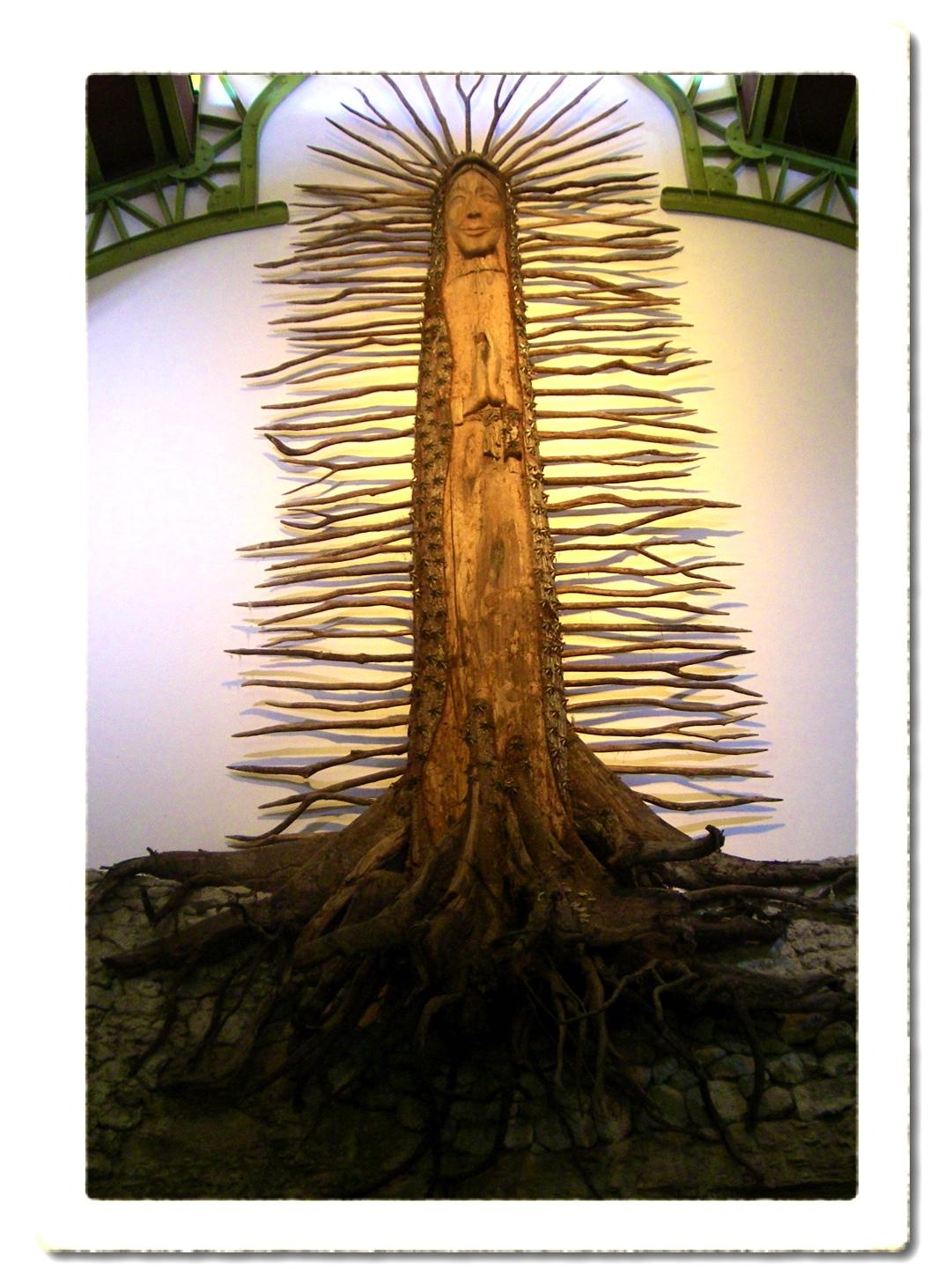 http://1.bp.blogspot.com/-F0WmbSFSZ5o/TZTanNjvgRI/AAAAAAAAA-c/2B4dN_Ywo-Y/s1600/Tree+Madonna+Goddess+Tulum%252C+Mexico.jpeg