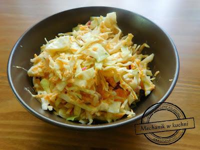 Sałatka Colesław kapusta  biała młoda marchew majonez obiad pomysł surówka dodatek obiadu