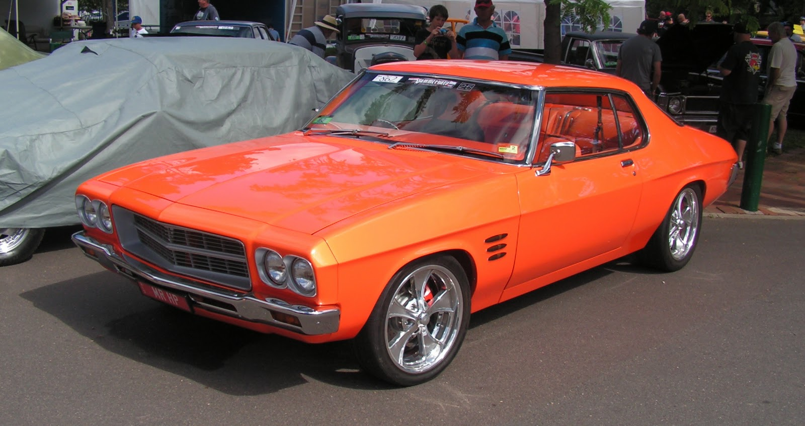 On Four Wheels Summernats 2012 Holdens
