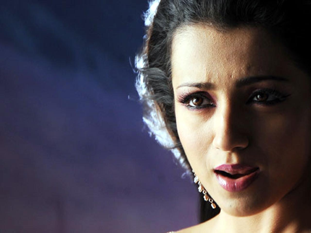 http://1.bp.blogspot.com/-F0wEN9-5ljU/UAvejPoXVXI/AAAAAAAAHw8/sFWwUHcTqcs/s1600/My+Dream+Girl+%27%27Trisha_Krishnan%27%27+%2808%29.jpg