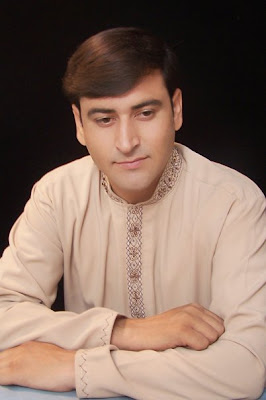 Pashto singer mushraf banghash pictures wallpapers